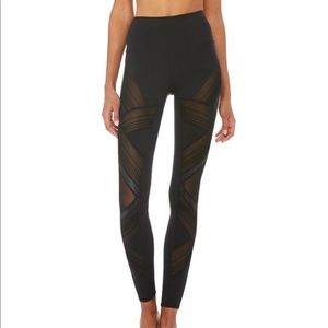 ALO YOGA ULTIMATE LEGGING / XS